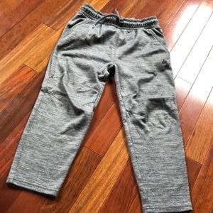 Children's place boys pants with front pockets